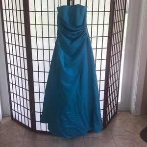 Strapless ball gown Size 2